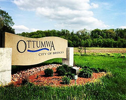Ottumwa Iowa Sign